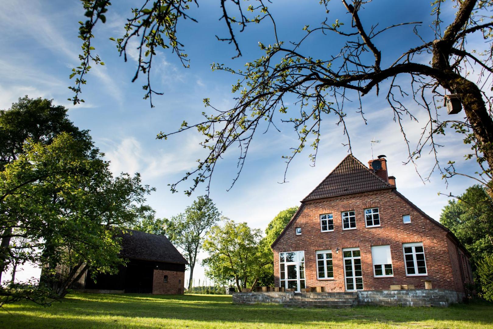 Budynek główny- stara szkoła.